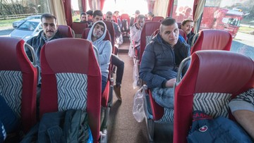 14-01-2016 20:05 Wysłał autokar z uchodźcami do siedziby Merkel