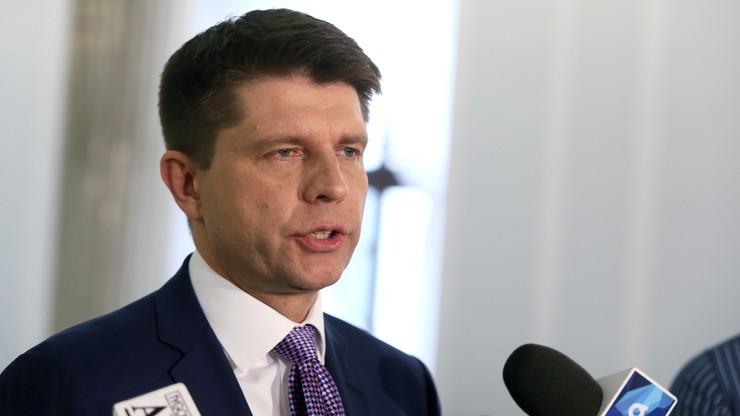 Petru chce zwołania Rady Bezpieczeństwa Narodowego ws. Smoleńska