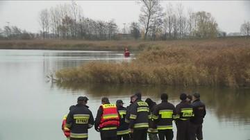 12-11-2015 19:06 Wyłowiono zwłoki drugiego wędkarza, który wypadł z łodzi