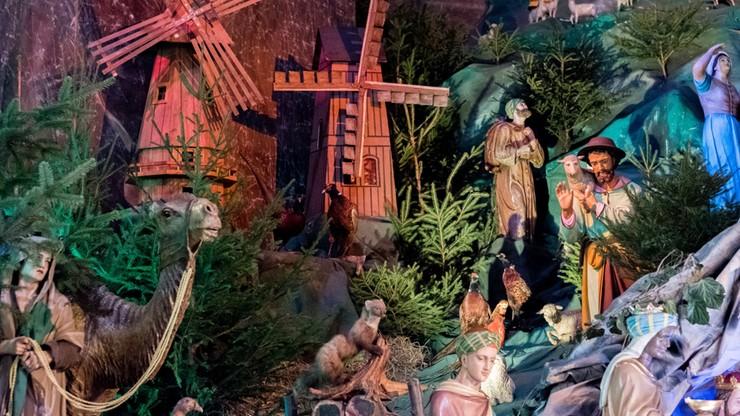 Żywe zwierzęta, ruchome figury - polskie szopki bożonarodzeniowe