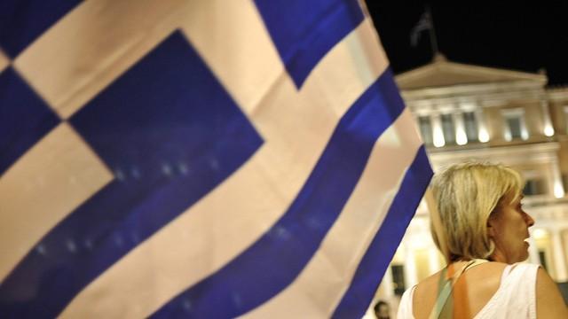 Grecja: Parlament przyjął nowy pakiet oszczędnościowy