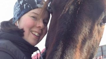 08-01-2016 08:50 Kobieta zaszokowała Szwecję zjadając swojego konia