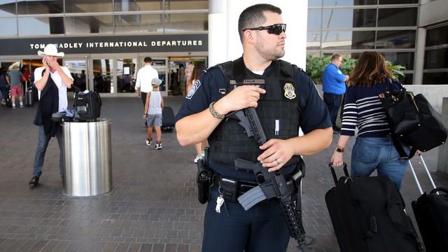 Fałszywy alarm na lotnisku w Los Angeles. Policja: nie było żadnej strzelaniny
