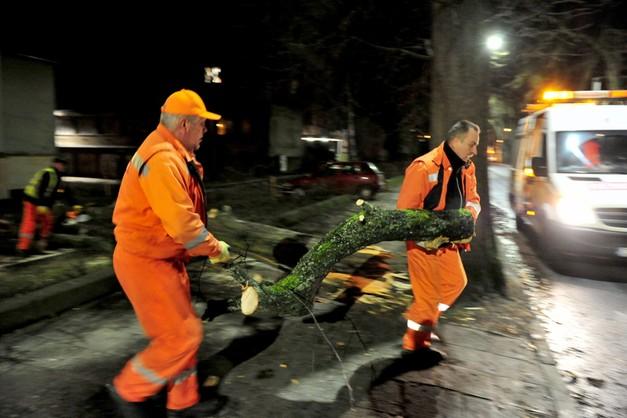 8,5 tys. odbiorców bez prądu w Warmińsko-mazurskiem