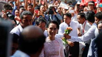 """11-11-2015 15:27 Birmański rząd zapowiedział """"pokojowe przekazanie władzy"""" po wyborach"""