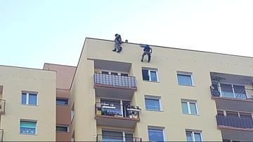 Chciał wyskoczyć z 10. piętra. Uratowali go policyjni antyterroryści