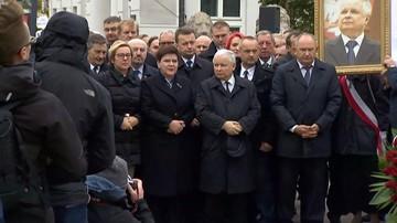 10-10-2017 09:15 W Warszawie rozpoczęły się obchody 90. miesięcznicy smoleńskiej