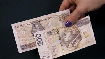 13-05-2016 11:29 70 proc. pracujących Polaków narzeka na niskie płace