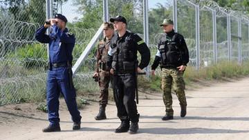 20-09-2016 16:12 Polscy strażnicy graniczni i policjanci strzegą węgierskiej granicy