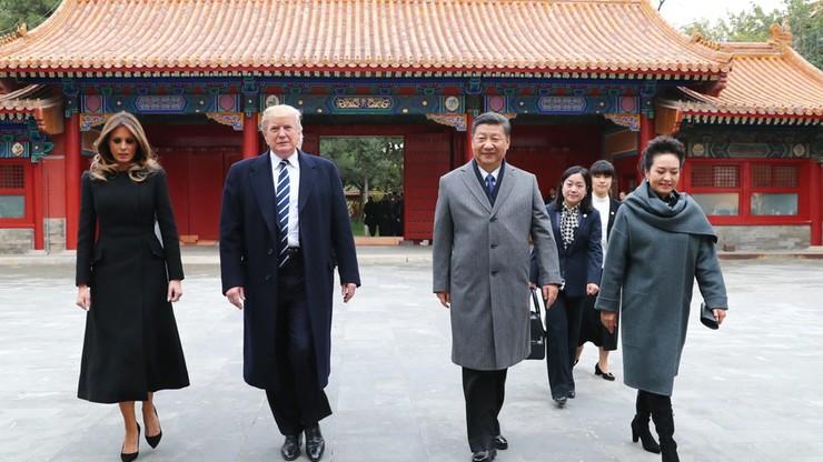 """Trump w Chinach. Zawarto umowy warte 9 mld dolarów. """"To dopiero rozgrzewka"""""""