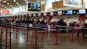 """14-08-2016 12:02 """"Turcja zezwala na seks z dziećmi poniżej 15. roku życia"""". Taki komunikat pojawił się na wiedeńskim lotnisku"""
