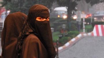 """15-09-2016 05:37 """"Ukrywanie twarzy bardzo przeszkadza w poznaniu"""". Merkel krytycznie o noszeniu burek"""