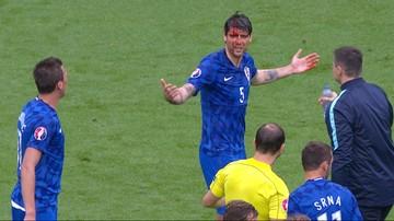 2016-06-12 EURO 2016: Krwawy Corluka! Potężny łokieć Tosuna (WIDEO)