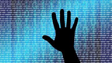 """17-05-2017 05:45 """"Rzeczpospolita"""": firmy nie doceniają cyberubezpieczeń"""