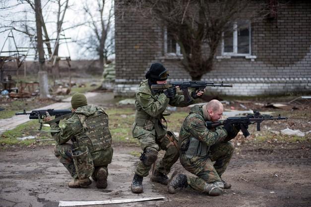 Breedlove: Zachód nie powinien wykluczać opcji militarnej na Ukrainie