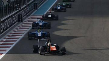 2015-11-29 Janosz znów w dziesiątce na zakończenie sezonu GP3