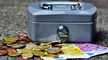 16-06-2017 20:23 Hiszpania nie wyklucza zablokowania pożyczki strefy euro dla Grecji