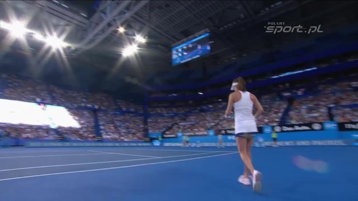 Agnieszka Radwańska - Serena Williams 2:1. Skrót meczu