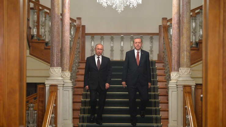 Rosyjska prasa o umowie z Turcją: Ukraina straci część tranzytu gazu