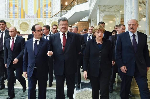 Interfax-Ukraina: rozmowy w Mińsku wznowiono