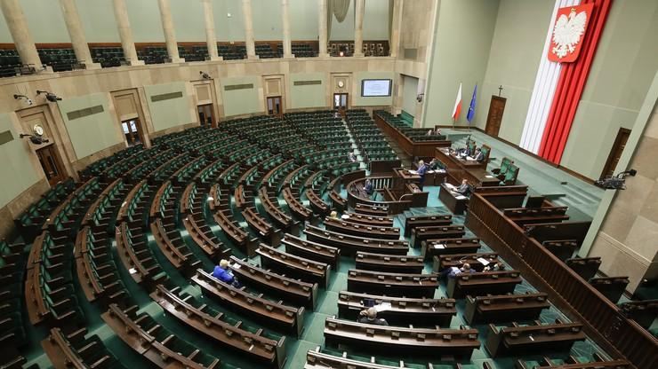 Opozycja zgłasza poprawki do projektu ws. Krajowej Szkoły Sądownictwa i Prokuratury