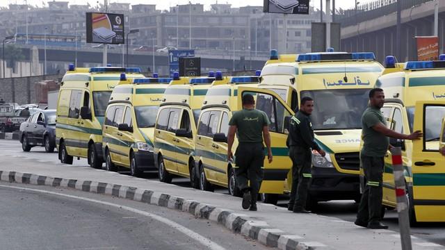 Egipt: trwa akcja ratunkowa; według ratowników słychać odgłosy ludzi