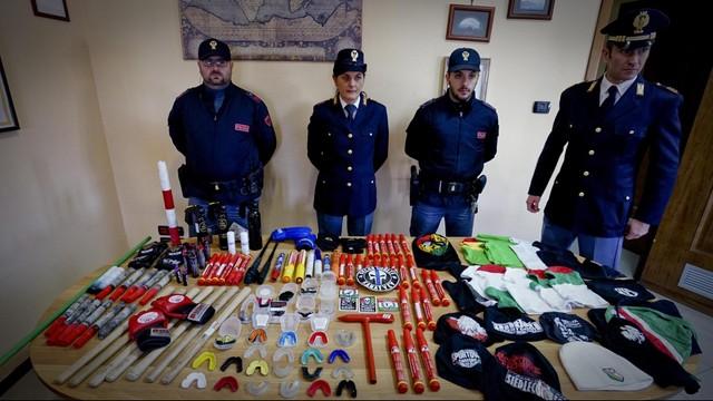 Sześciu kibiców Legii skazanych we Włoszech na 3 lata i miesiąc więzienia
