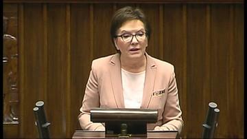 Ewa Kopacz przed Obywatelskim Parlamentem Seniorów