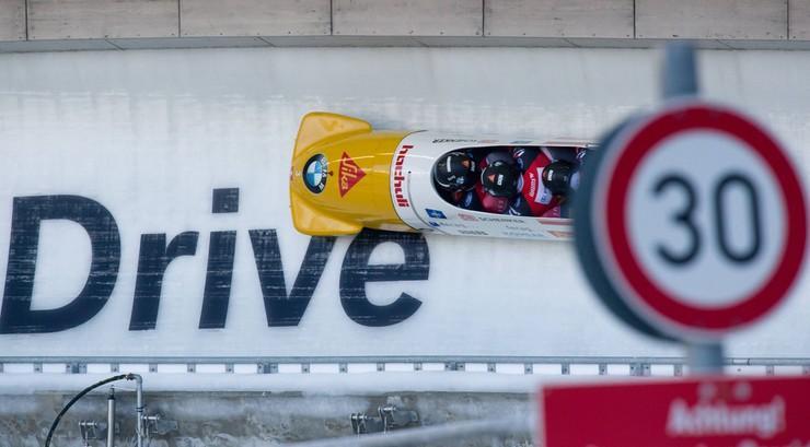 2017-11-25 PŚ w bobslejach: Kanadyjski dublet w Whistler