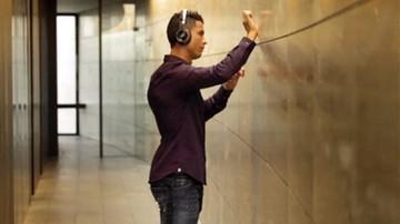 2015-12-09 Świąteczny hit Ronaldo! Nagrał nietypową wersję Jingle Bells (WIDEO)