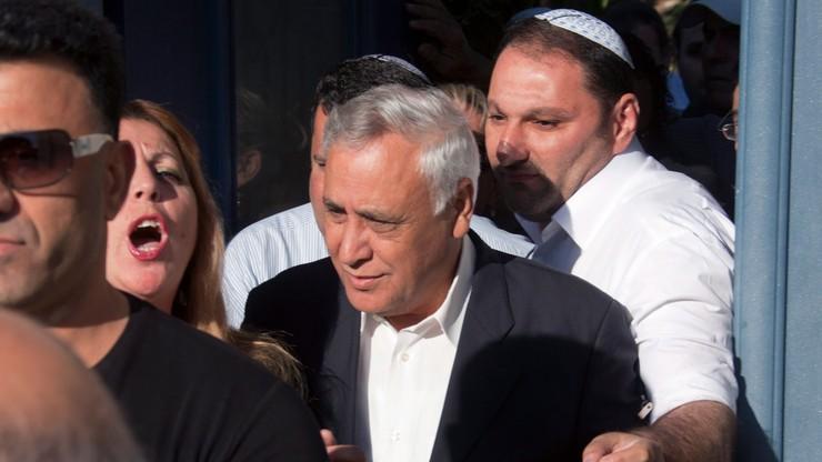 Przedterminowe zwolnienie byłego prezydenta Izraela. Skazano go za gwałty