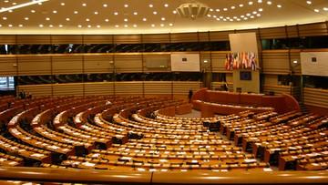 07-04-2016 20:06 Projekt rezolucji ws. Polski. Europarlament bardziej stanowczy