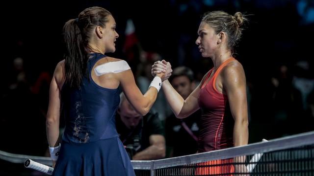 WTA Finals: Radwańska wygrała z Halep