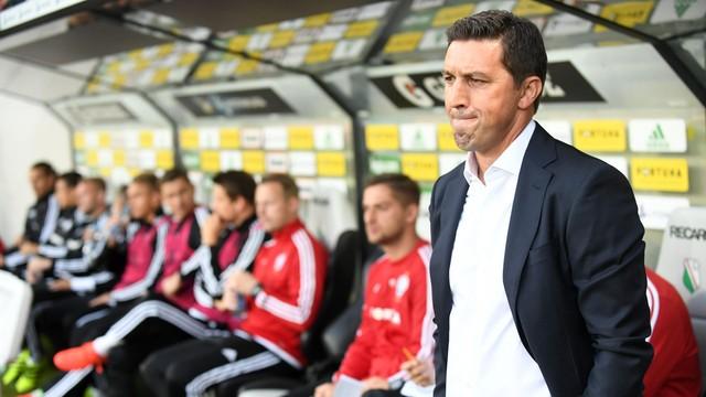 Legia rozwiązała kontrakt z trenerem Hasim