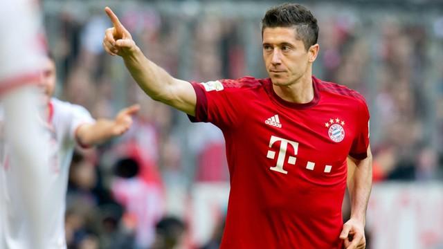 Liga niemiecka - 1000. wygrana Bayernu, gole Polaków