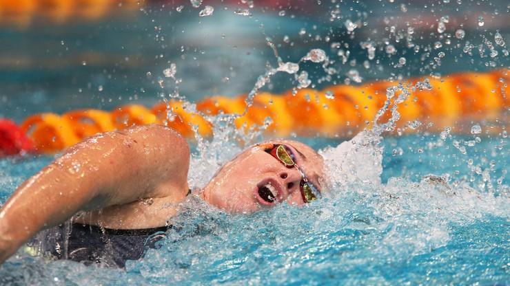 Pływacki rekord świata na 100 m pobity w trakcie wyścigu na dwa razy dłuższym dystansie