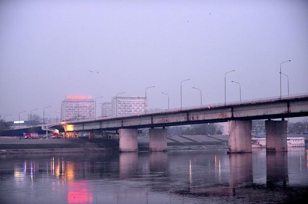 Most Łazienkowski ma być przejezdny do końca roku