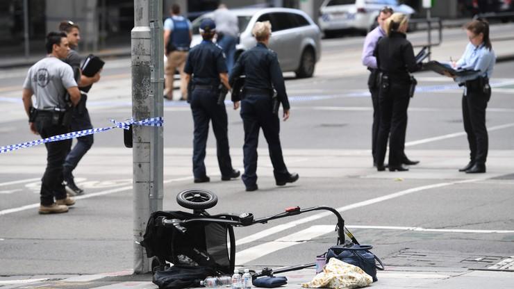 """""""To była rzeź na chodniku"""". Samochód wjechał w przechodniów w Melbourne [WIDEO]"""