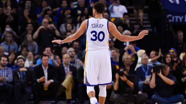 Liga NBA - trwa seria Warriors, wygrali jedenasty mecz