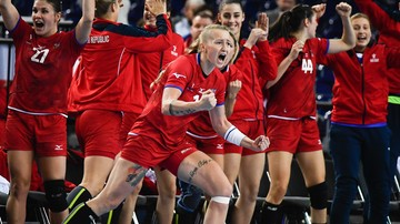 2017-12-11 MŚ 2017 piłkarek ręcznych: Czechy i Rosja w ćwierćfinale