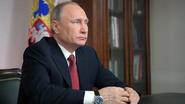 03-04-2017 14:48 Putin: terroryzm wśród rozważanych przyczyn wybuchów
