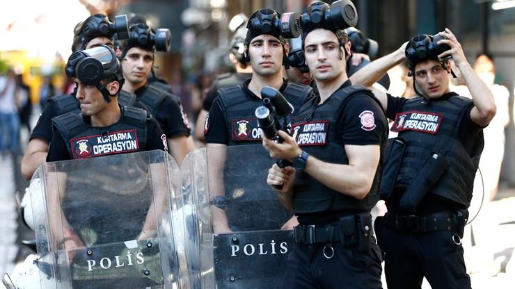 Turcja: policja ostrzelała uczestników parady równości kulami kauczukowymi