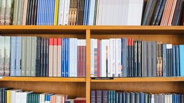 """12-01-2017 05:46 """"Przeczytam 52 książki w roku"""". Internetowa kampania promująca czytelnictwo"""