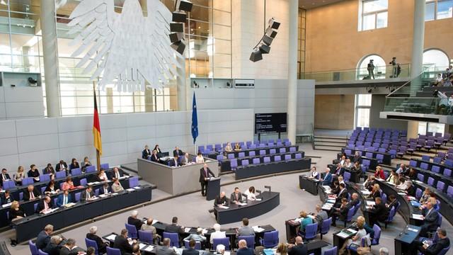Niemcy: Bundestag przyjął uchwałę o pojednaniu i współpracy z Polską