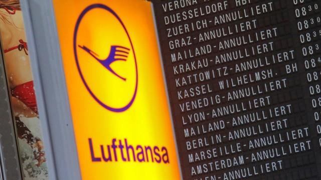 Niemcy: Ostatni dzień strajku w Lufthansie, odwołano ponad 900 lotów