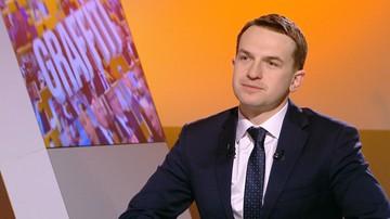 07-02-2017 09:49 Nowoczesna: premier nie ma siły politycznej, żeby zrzucić włos z głowy Misiewicza