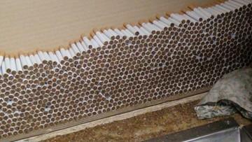 15-03-2016 10:02 Uderzenie CBŚP w gangi tytoniowe. Zlikwidowano 7 wielkich fabryk nielegalnych papierosów