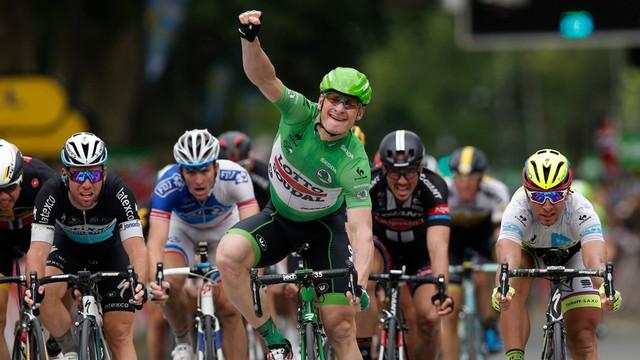 Tour de France: Greipel wygrał etap, Martin pozostał liderem