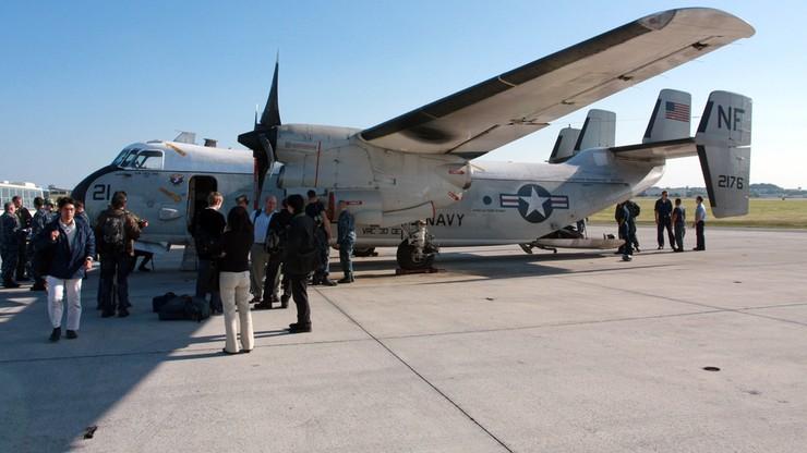 Z rozbitego samolotu marynarki wojennej USA uratowano 8 osób