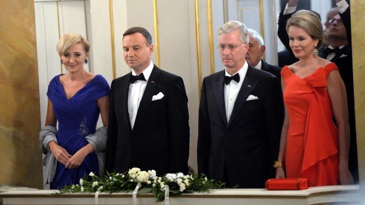 Prezydent Duda podjął króla i królową winem za 12 euro